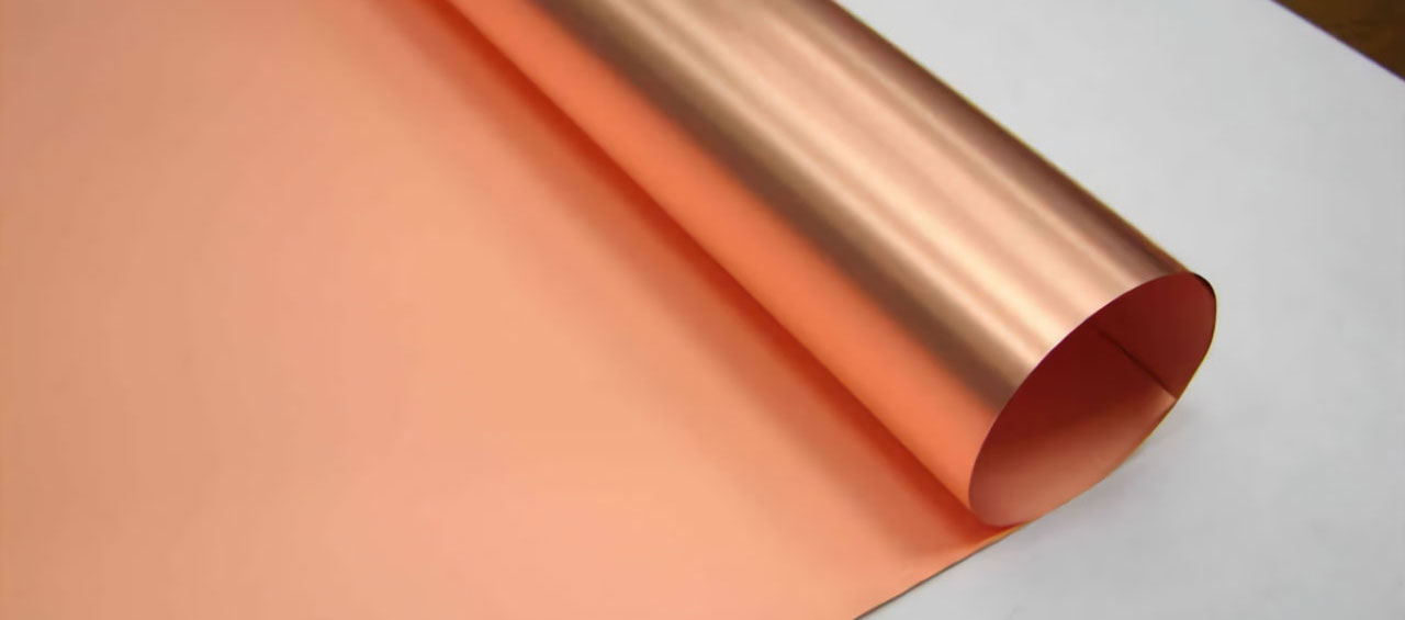 The high-precision copper belt is a rose-red metal
